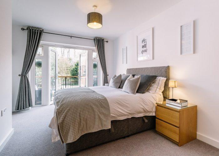 bedroom-5772286_1920